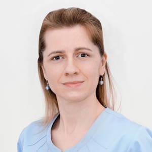 Anna Dominik